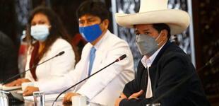 Congresistas hacen pedido a Pedro Castillo vea el caso de Essalud