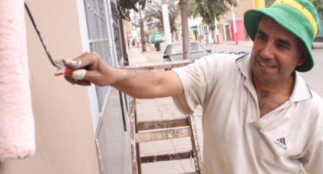¡Pinta como un experto tu pared de cemento!