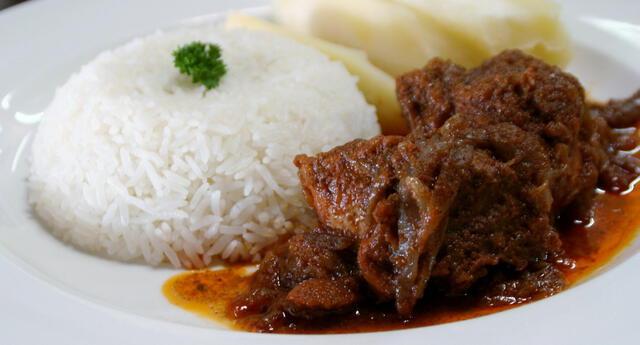 El secreto del chef: Para darle un sabor más delicioso, incluye 1/2 cucharadita de comino en tu aderezo .