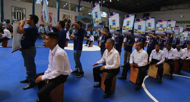 Más de 1,500 internos del penal de Lurigancho, iniciaron el Año Escolar. La ceremonia la realizó el INPE