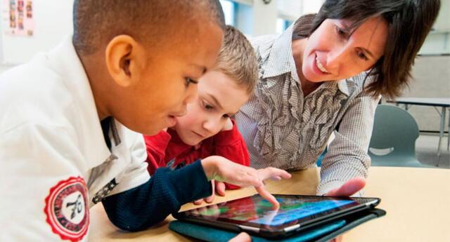El uso de la tecnología en el aprendizaje motivan a los estudiantes