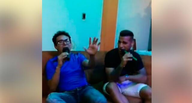 Miguel Trauco muestra su 'habilidad' para el canto durante una transmisión en vivo