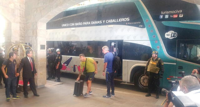 Llegó Boca Juniors con Carlos Tevez para jugar con Alianza Lima.