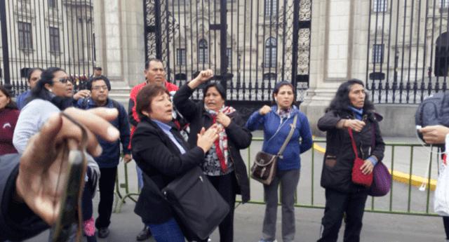 Maestros en huelga piden mesa de dialogo con el presidente Martín Vizcarra y el Minedu