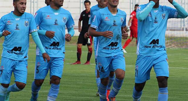 Rodríguez y Polar antes del debut de Binacional.