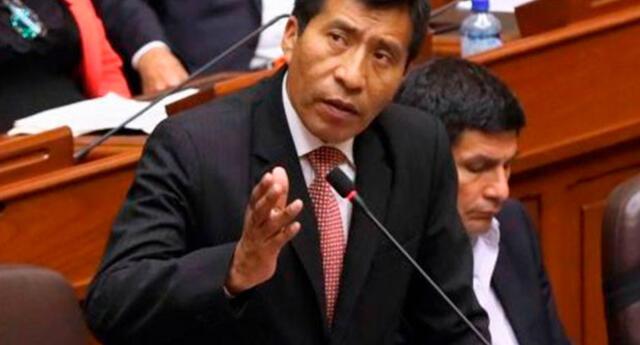 Congresista Moisés Mamani sería suspendido
