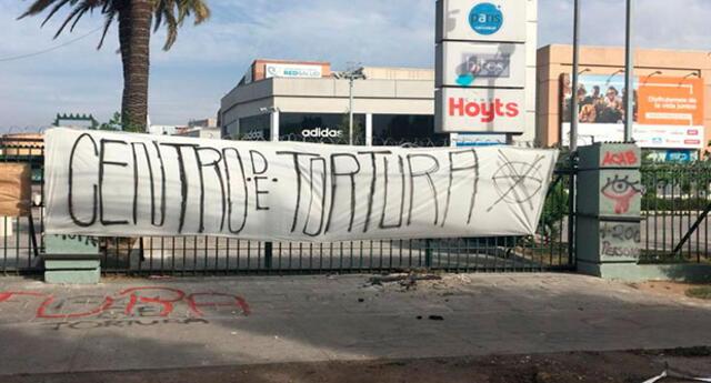 Queman mall de Chile por presunta tortura y violación a menor de edad