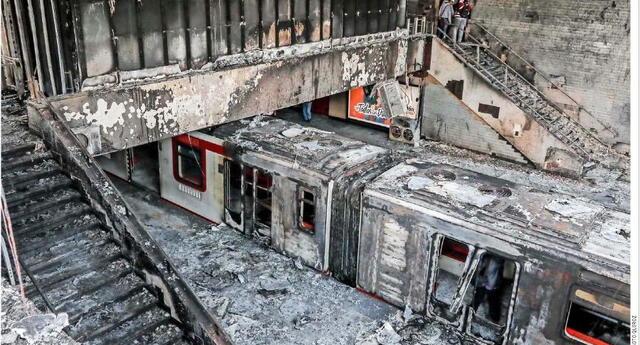 La noche del 18 de octubre una furiosa masa de ciudadanos, totalmente descontrolados redujeron siete estaciones del metro, otras 25 fueron incendiadas