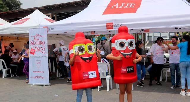 Según AHF, el 99% de casos de personas con el virus de la inmunodeficiencia humana se origina por no usar el preservativo en las relaciones sexuales. Foto: Edgar Rivadeneyra
