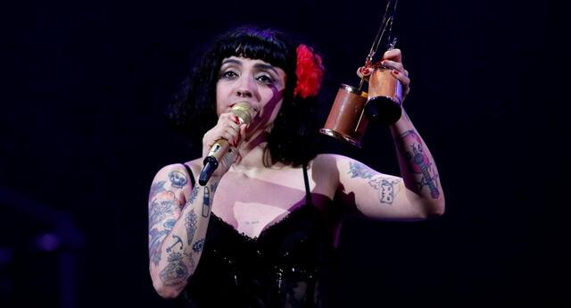 La cantante chilena regalará sus premios a una fundación.