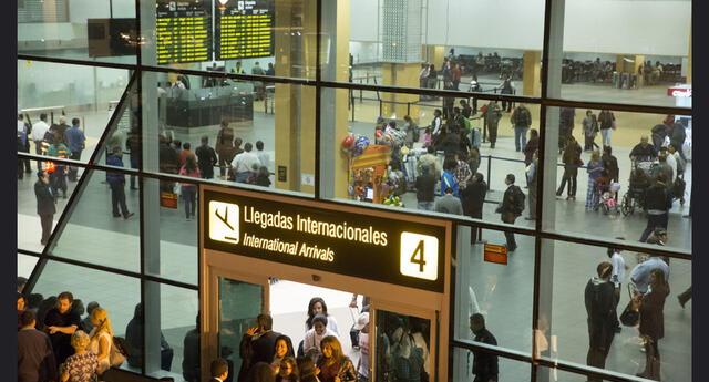 """Coronavirus: Mincetur presenta campaña """"Viaja Informado"""""""