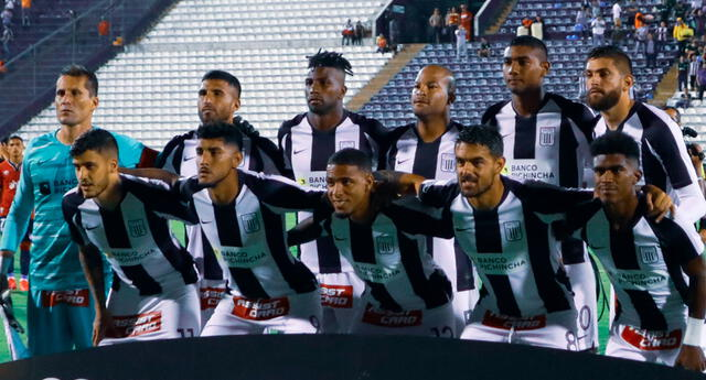 Alianza Lima mencionó a cuatro ídolos y generó polémica en redes sociales.