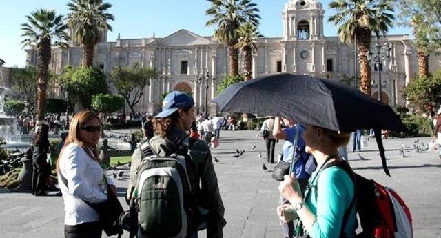 Los turistas también tendrán que cumplir su etapa de cuarentena dispuesto por el gobierno.