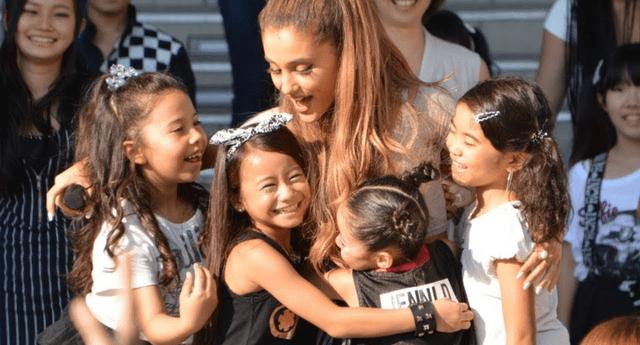 Ariana Grande demostró que tiene un gran corazón