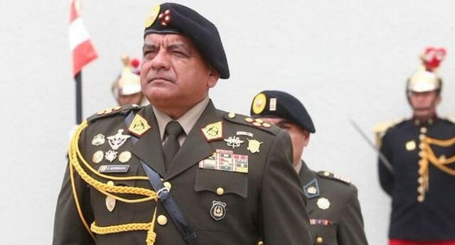 Astudillo aseguró que el capitán Christian Cueva no ha sido retirado del Ejército.
