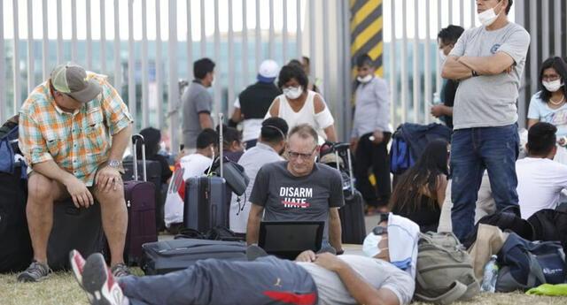 Peruanos piden regresar al país. Foto: referencial