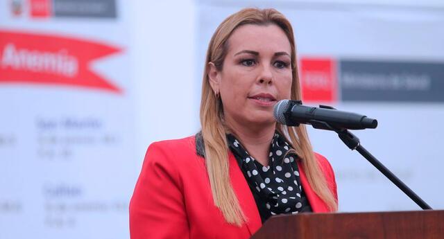 La presidenta Ejecutiva de EsSalud, Fiorella Molinelli, aseguró que necesitan trabajar de la mano con el Colegio Médico para frenar la propagación del coronavirus.