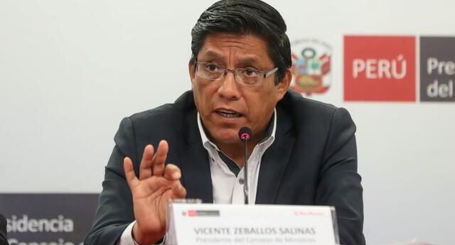 """El premier antes de enrumbar a Loreto señaló que el Ejecutivo no tiene """"ningún interés en estar amañando cifras"""" del coronavirus."""