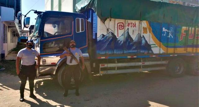 Camión detenido en Piura