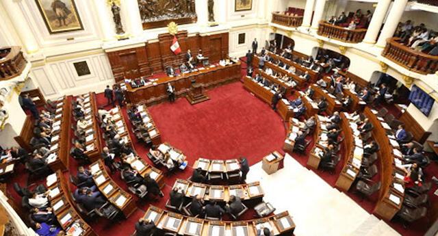 Pleno de Congreso aprueba ley que declara en emergencia el sistema de salud