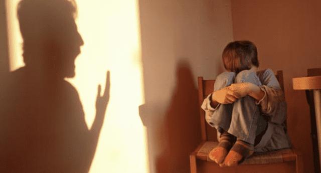 La mujer fue arrestada por intento de homicidio contra sus menores hijos.