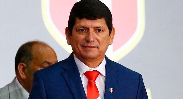 Lozano aseguró que en los próximos días se conocerán las medidas sanitarias del fútbol peruano.