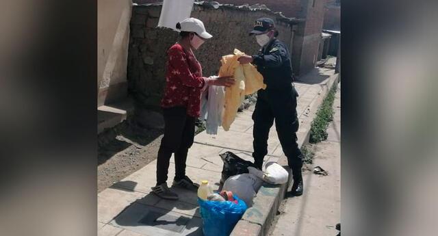 La División de la Policía Comunitaria de Huaraz entregaron  productos a personas de bajos recursos