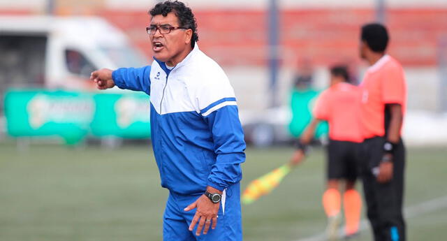 Miguelón Miranda recuerda su paso por el fútbol asiático. Recuerda haber visto alacranes tostados y hormigas.