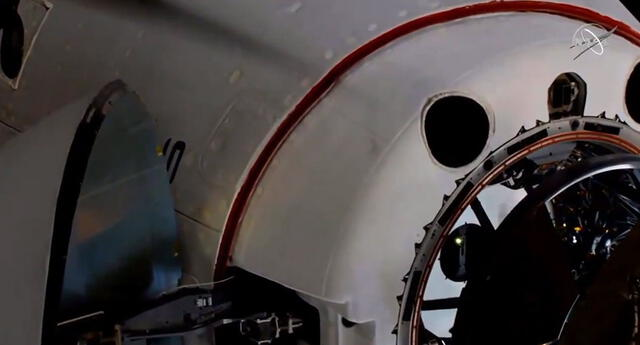 La nave de SpaceX Crew Dragon Endeavour se acopló con éxito a la Estación Espacial Internacional.