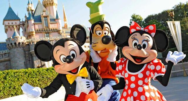 Disneyland cerró sus puertas por el avance del coronavirus.