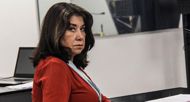 Fallece padre de Martha Chávez
