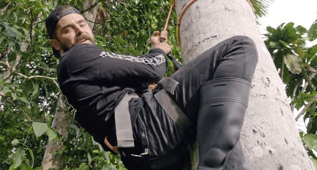 """El actor Zac Efron paseó por las calles de Lima e Iquitos, e incluso se atrevió a probar Suri para el documental """"Con los pies en la tierra"""" de Netflix."""