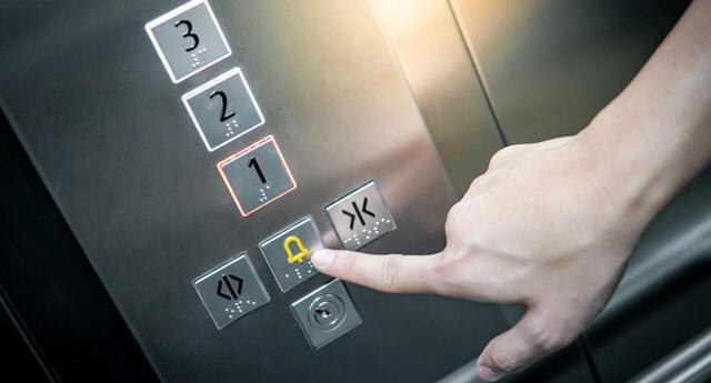 Cosas que necesitas saber si te quedas encerrado en un ascensor   Foto: ZEPHYR_P
