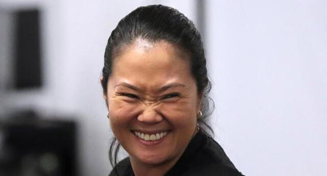 Keiko Fujimori dio negativo a la prueba del coronavirus.