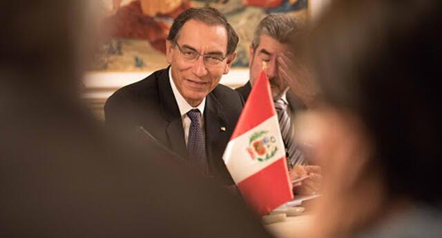 Martín Vizcarra continúa con actos protocolares por 29 de julio.