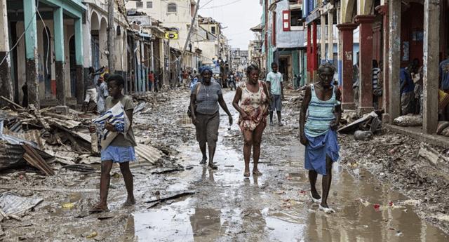 Isaías provocó la muerte de una persona y daños materiales en su paso por República Dominicana.