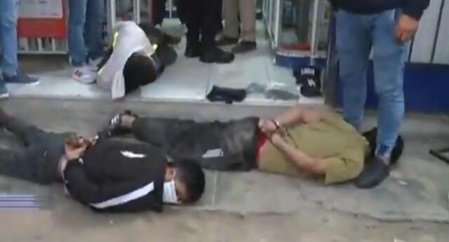 Policía Nacional del Perú frustra asalto a agente bancario en Carabayllo.