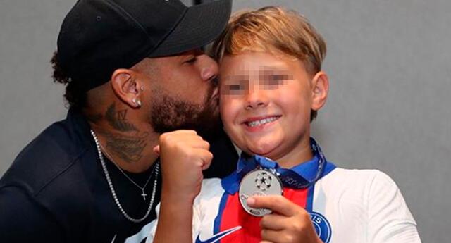 Neymar, su hijo cumple un año más de vida.