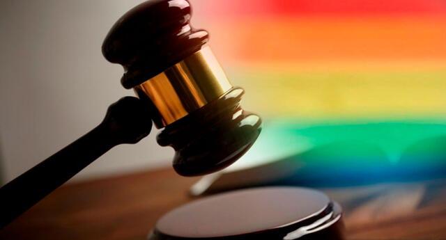 Juez niega matrimonio civil a dos mujeres porque va en contra de sus creencias religiosas