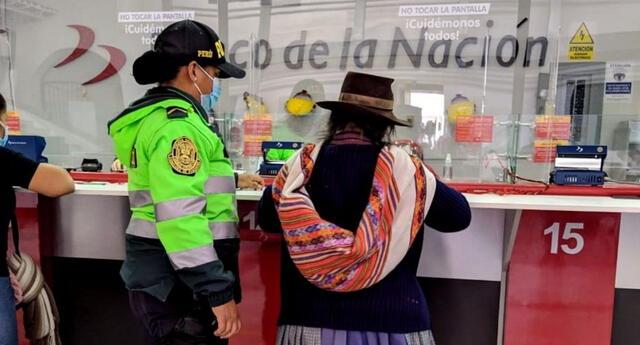 Beneficiarios del bono Universal podrán cobrar S/760 desde su celular mediante la banca móvil del Banco de la Nación e Interbank.