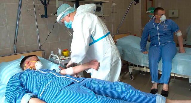 Los voluntarios presentaron complicaciones como fiebre o dolor muscular.
