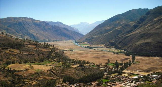 La región Quechua se caracteriza por un clima templado.