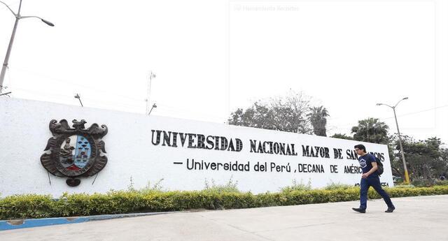 Congreso convocó al rector de la UNMSM