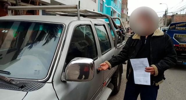 Las cámaras de seguridad instaladas en los exteriores de su vivienda pudieron captar los rostros de ambos delincuentes; sin embargo, la Policía aún no logra identificarlos.