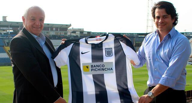 Walter Oyarce agradeció por ser embajador de Alianza Lima.