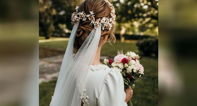 Joven compra su vestido de novia por internet y recibe algo que nunca se esperó
