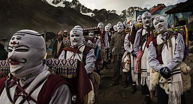 """La fiesta del Qoyllur Riti, que en quechua significa """"Estrella de nieve""""."""
