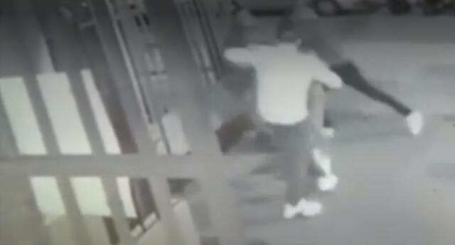 Hombre es agredido en el Cercado de Lima.
