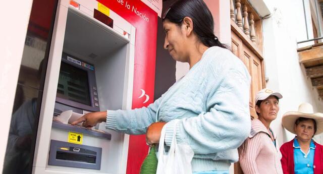 El segundo bono Universal se está entregando este mes de octubre a nivel nacional mediante depósito en cuenta con cronograma con fecha y lugar para evitar aglomeraciones en los bancos.
