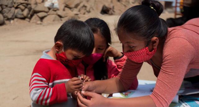Ingresa al link del programa Juntos para saber si te toca cobrar el bono para niños y niñas de 200 soles durante la pandemia. Mira aquí los pasos para acceder al subsidio para hogares vulnerables.